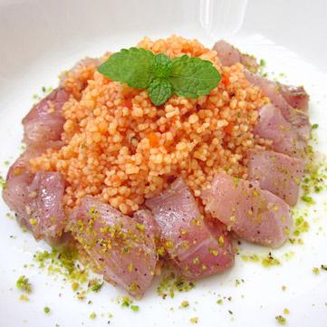 Couscous con pesto di pomodoro e palamita marinata*