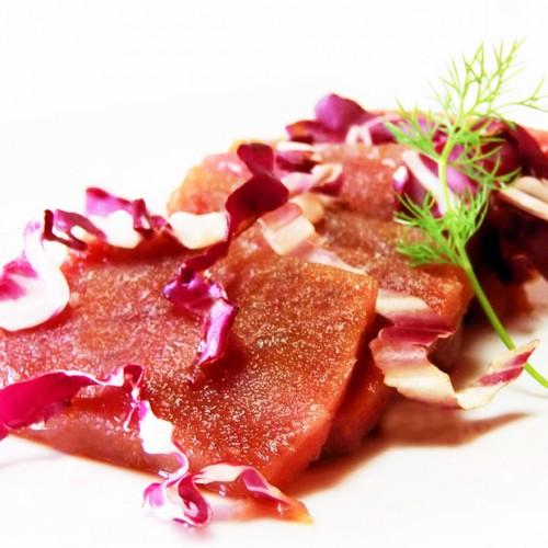 Sashimi di Tonno Rosso con radicchio Trevigiano Tardivo