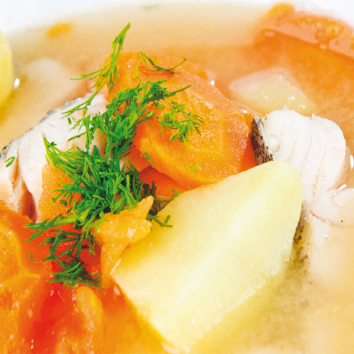 Coda di Rana Pescatrice nel suo brodo, con patate e carote