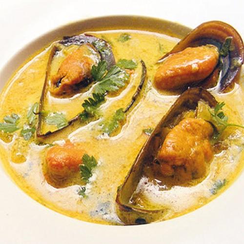 Cozze in brodetto di pesce al curry