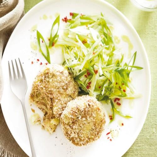Crocchette di tonno e patate, con insalata di mela