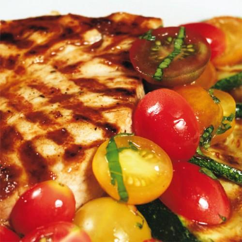 Spada alla griglia, con zucchine alla scapece e pomodorini