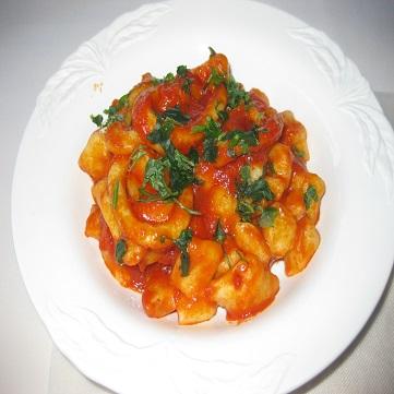 Gnocchi di patate con sugo di totani