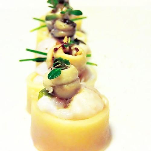 Rollon di calamari ripieni di  pasta di cernia