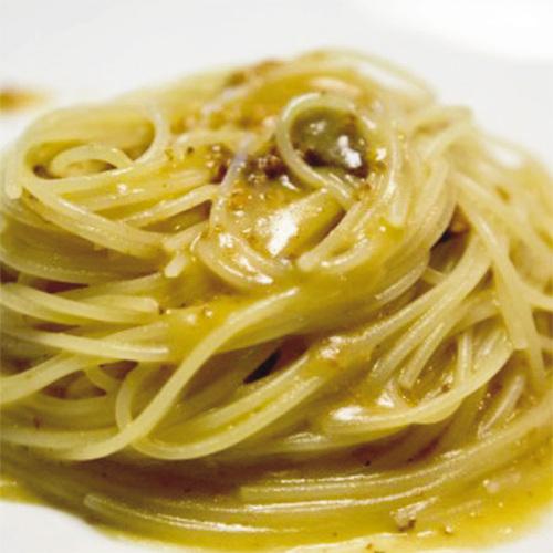 Spaghettini con ricci di mare al profumo di limone