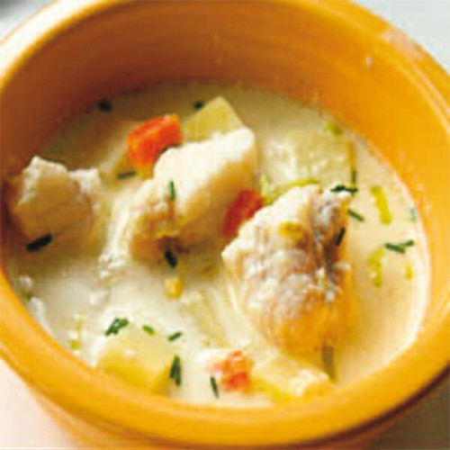 Cubi di rana pescatrice in zuppetta di patate