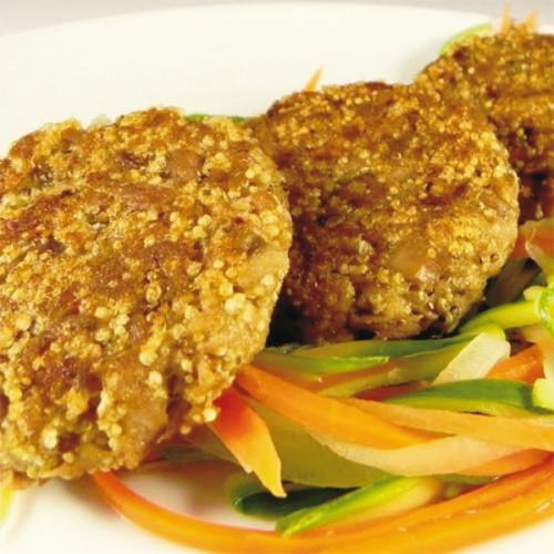 Hamburger di ricciola con amaranto e verdure