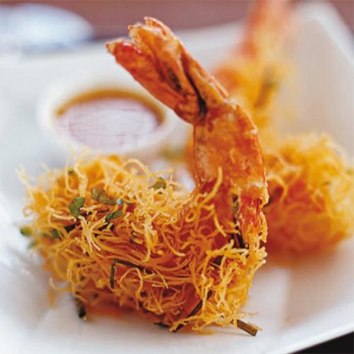 Gamberi in tempura con gabbia croccante di kataifi