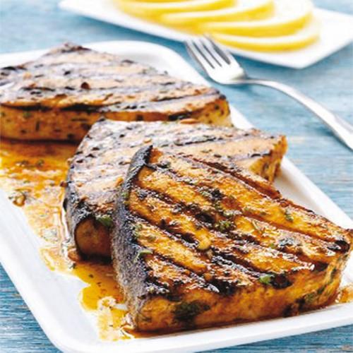 Tonno al barbecue, con marinade di limone e aceto di mele