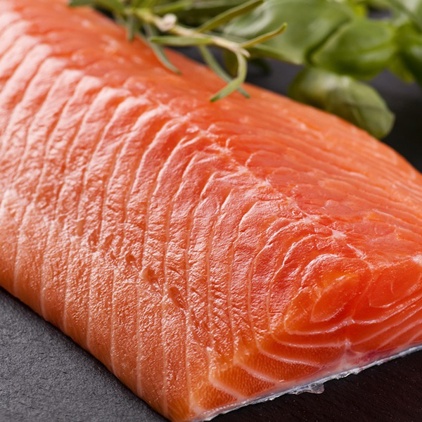 Risultati immagini per salmone fresco