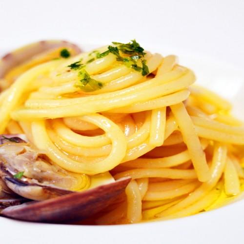 Vermicelli con vongole veraci e limoni Costa di Amalfi