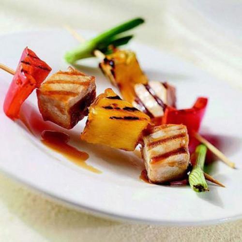 Spiedini di tonno rosso, con marinade di lamponi e zenzero